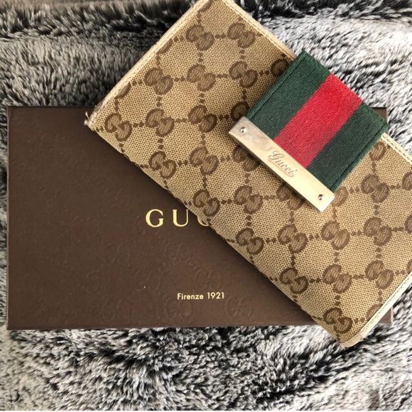 01173fbc2df6b5 Gucci Bags | Auth Wallet Final Price | Poshmark